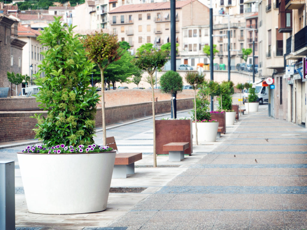 Boira planter. a urban planter manufactured by Durbanis